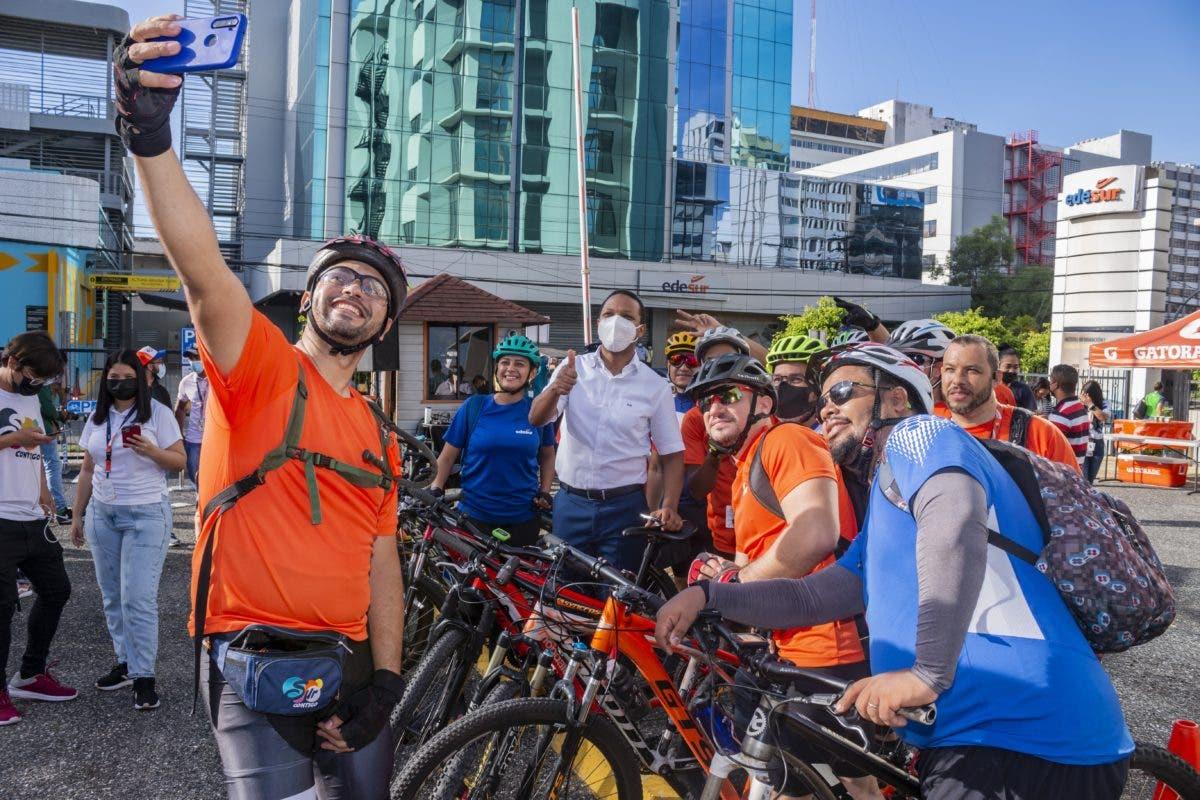 EDESUR inaugura biciparqueo en apoyo a movilidad sostenible en la empresa