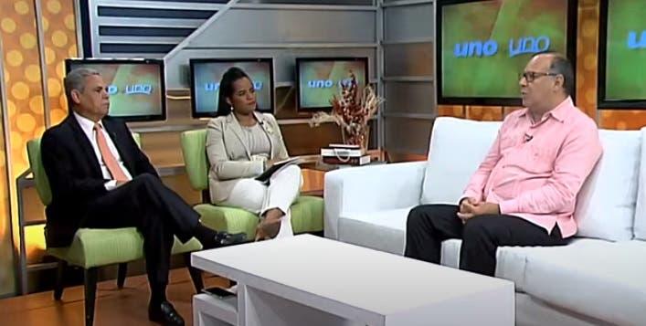 Entrevista a Nelson Rodríguez Monegro en el programa Uno + Uno