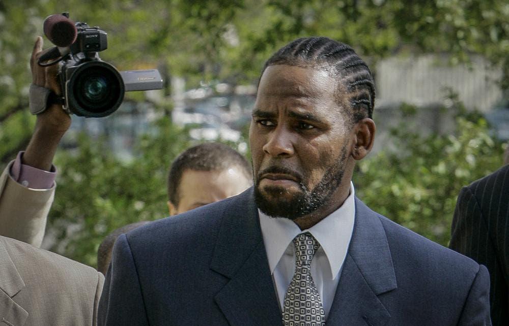 Cantante R. Kelly es declarado culpable de tráfico sexual