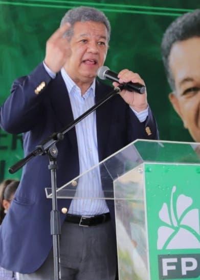 Leonel afirma precios angustian población