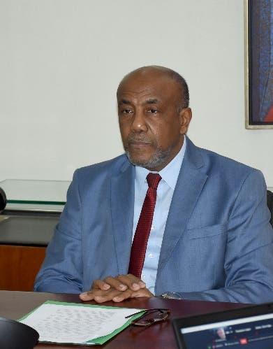 Ministro Almonte promete se reducirán pérdidas EDE