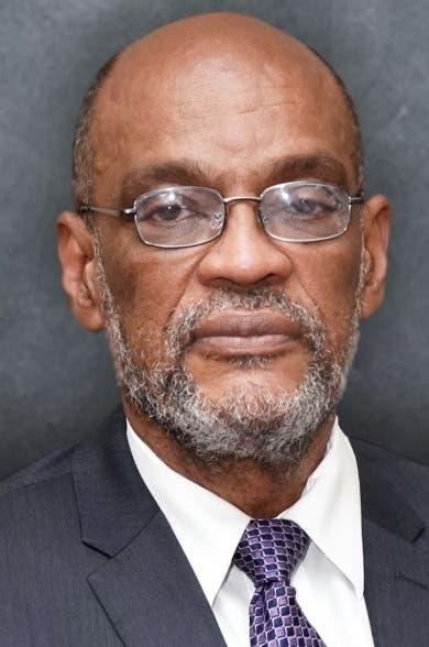 Dimisión enviado EU a Haití frena acuerdo de gobierno