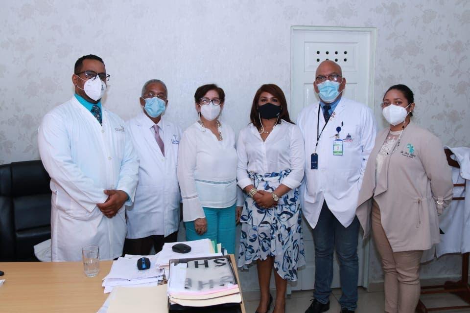 Anuncian remodelación y equipamiento de hospital de Salcedo