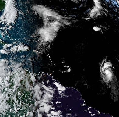 Tormenta tropical Sam se fortalece