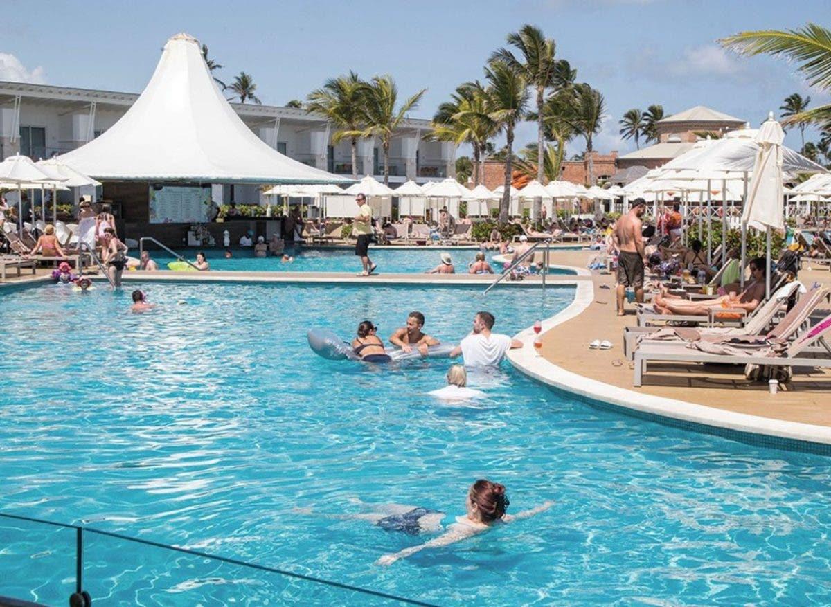 Augura buena tasa ocupación temporada alta de turismo