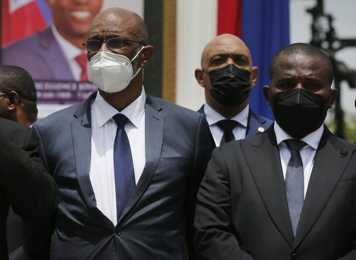 Siguen ceses y dimisiones altos funcionarios en Haití