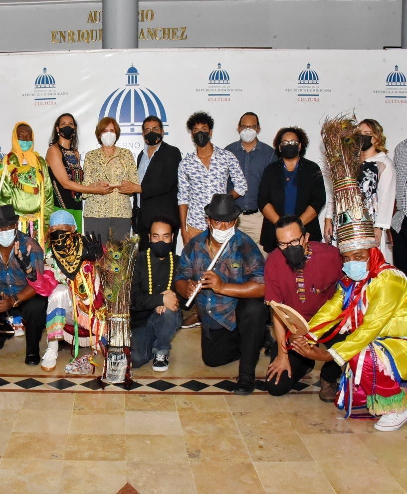 El Ministerio de Cultura celebra el 30 aniversario del Teatro Guloya
