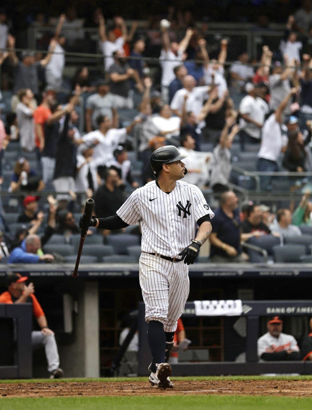 Gary Sánchez conecta jonrón con bases llenas