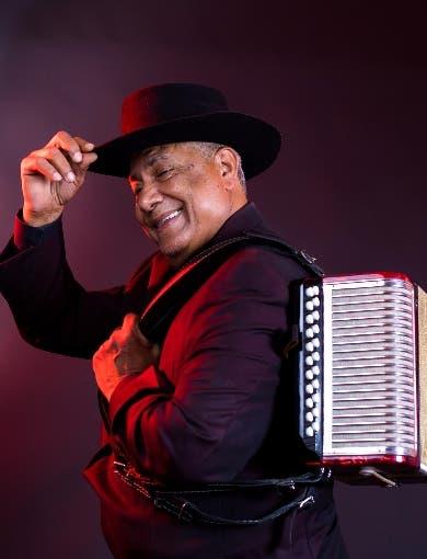 Francisco Ulloa celebra 50 aniversario con gira a EE.UU.