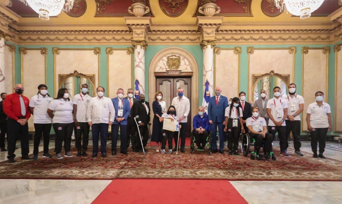 Abinader resalta labor de atletas paralímpicos