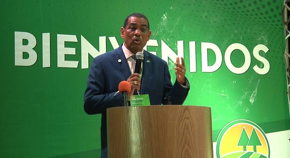 Presidente de Fecoopnordeste aboga por fortalecer regulación de las cooperativas en el país