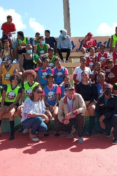 DNCD lleva festival deportivo a Cenoví