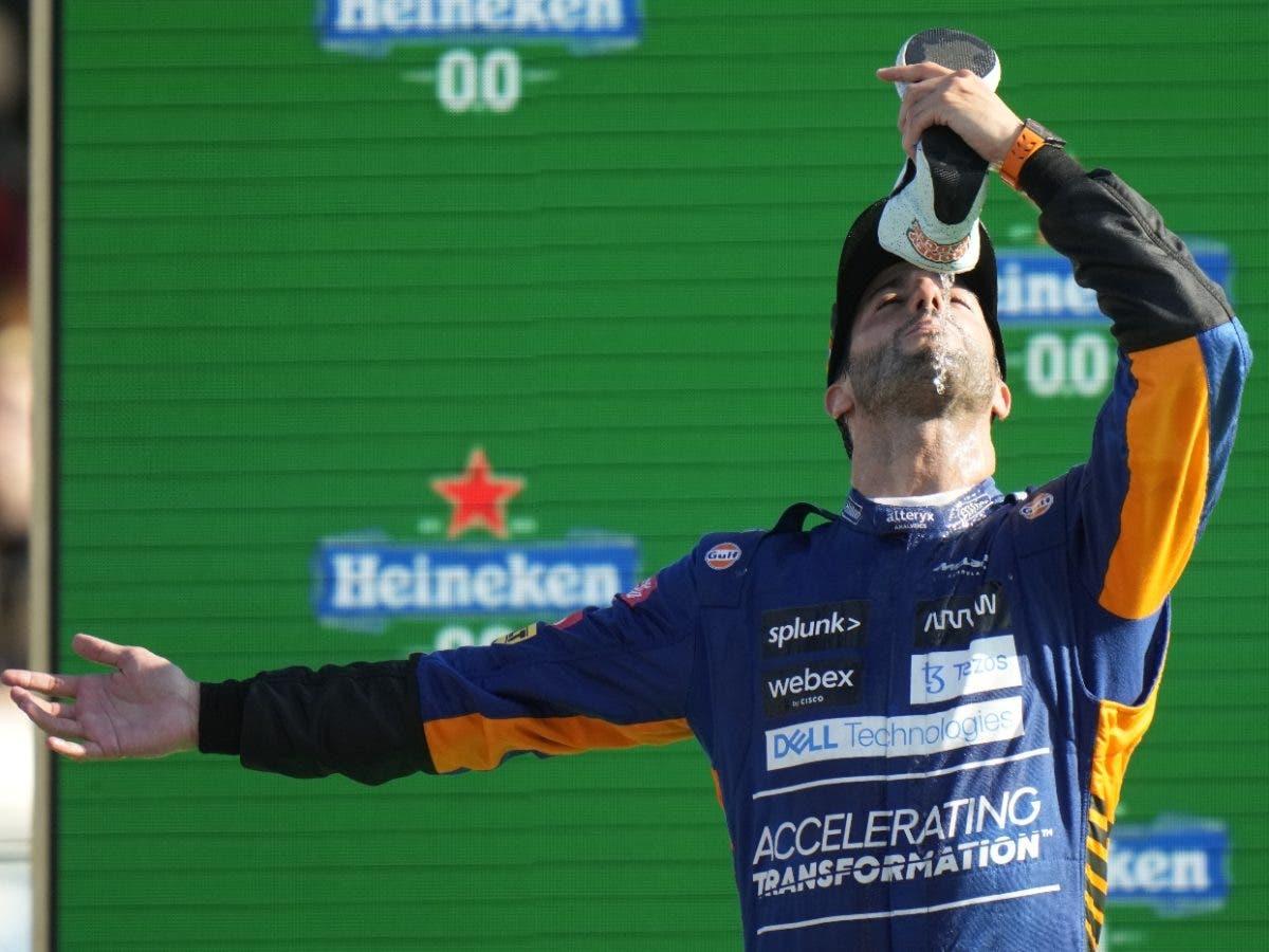 Daniel Ricciardo se impone en Monza; Verstappen y Hamilton se estrellan