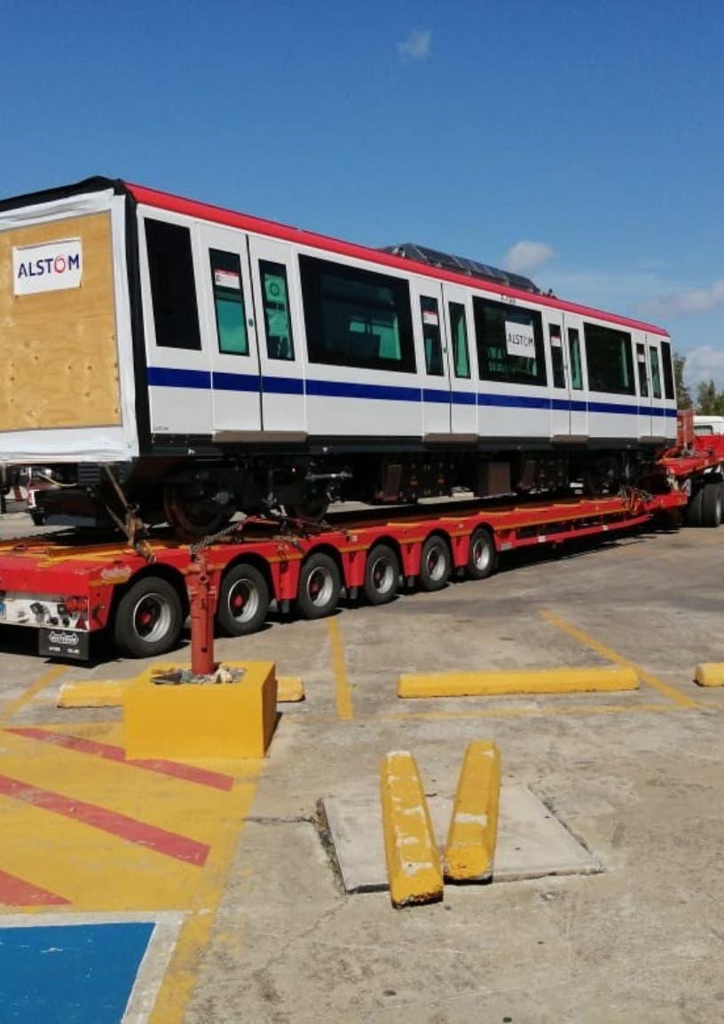 Resalta proyectos para mejorar servicios en Metro y Teleférico