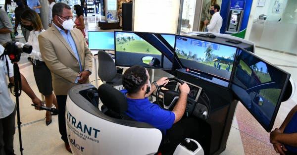Sugiere al Intrant prohibir que familiares y amigos enseñen a manejar a futuros conductores