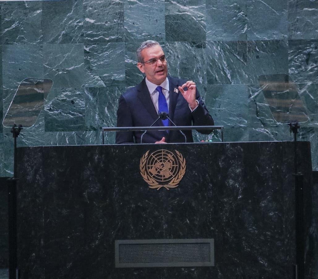 Senadores Genao y Lorenzo chocan por alocución del presidente en Nueva York
