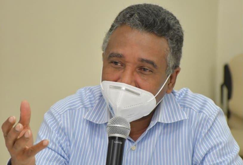 Félix Bautista llama a mantener prudencia en tema reforma fiscal; favorece pacto