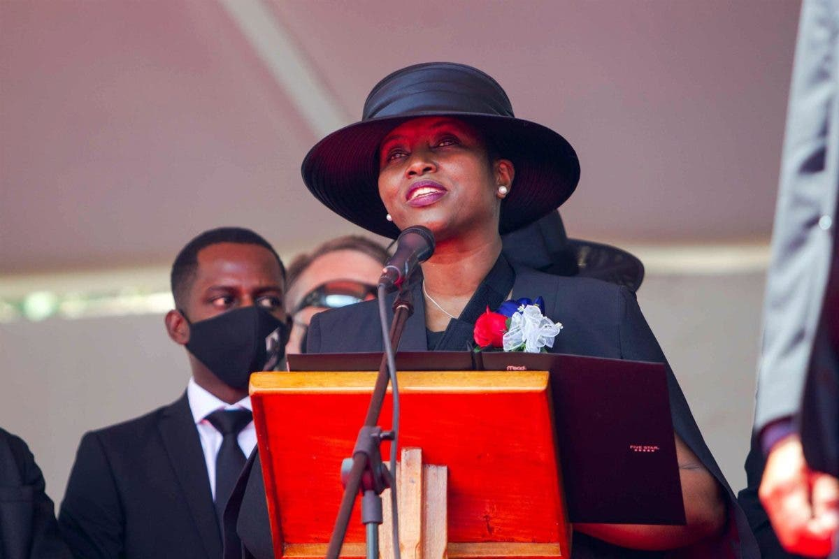 La viuda del presidente haitiano promete luchar por los más débiles