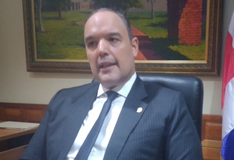 Senador preocupado por ritmo construcción Presa Monte Grande