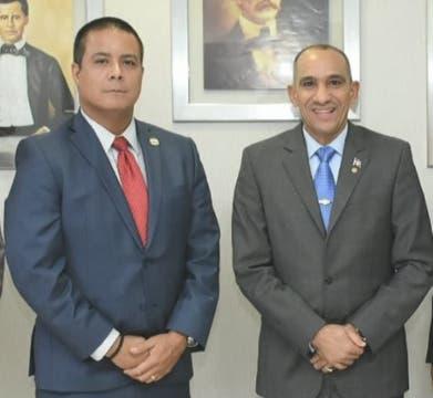 Presidente de la DNCD se reúne con el jefe de la DEA en el Caribe