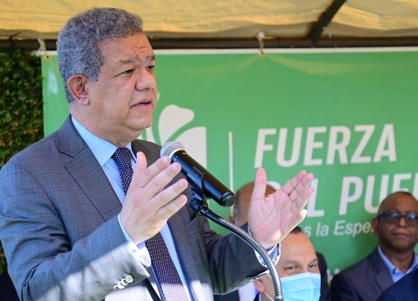 Leonel Fernández reitera RD tiene otras necesidades: «no es necesaria reforma constitucional»