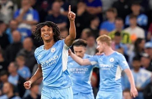 Aké desvela que su padre murió minutos después de marcar en Champions