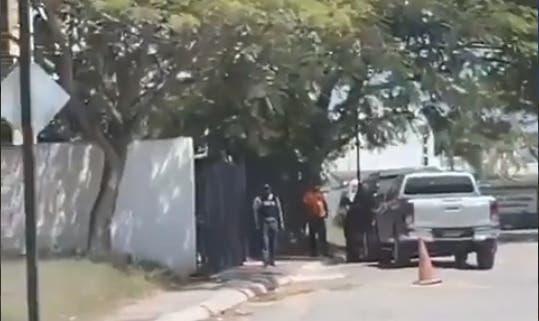 Trasciende en redes supuesto allanamiento por caso Falcón en Santiago