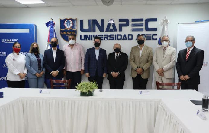 Unapec y Academia Dominicana de Gastronomía firman acuerdo de cooperación