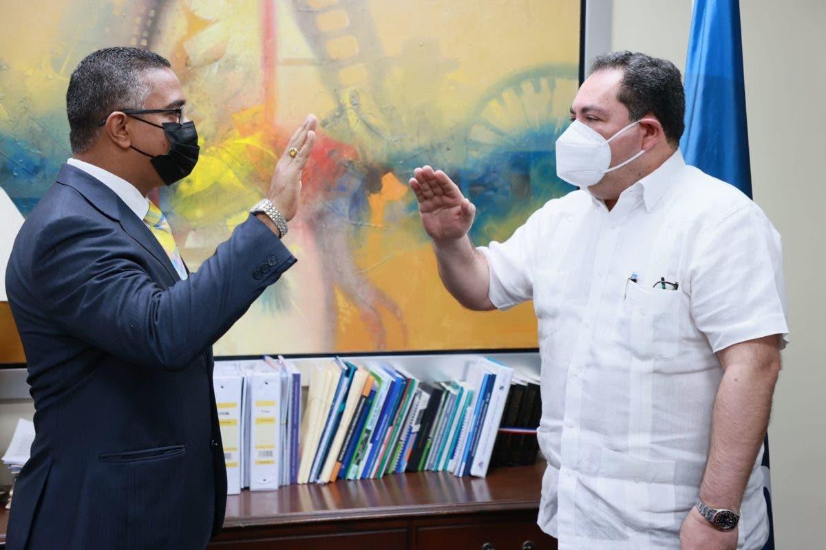 Regional de Salud El Valle y Hospital Profesor Juan Bosch estrenan director