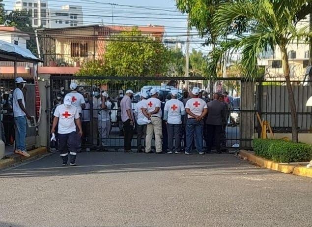 Video: Varios heridos durante disputa por el control de la Cruz Roja Dominicana