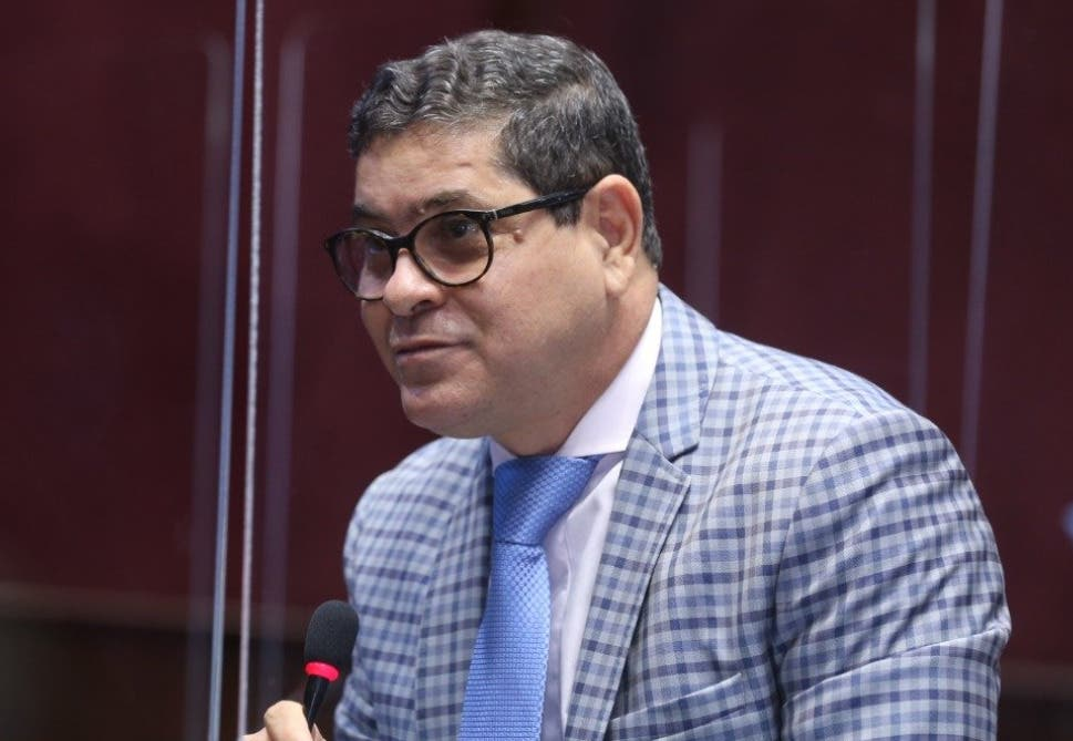 """Aquilino Serrata responsabiliza a las AFP de «campaña sucia contra los diputados"""""""