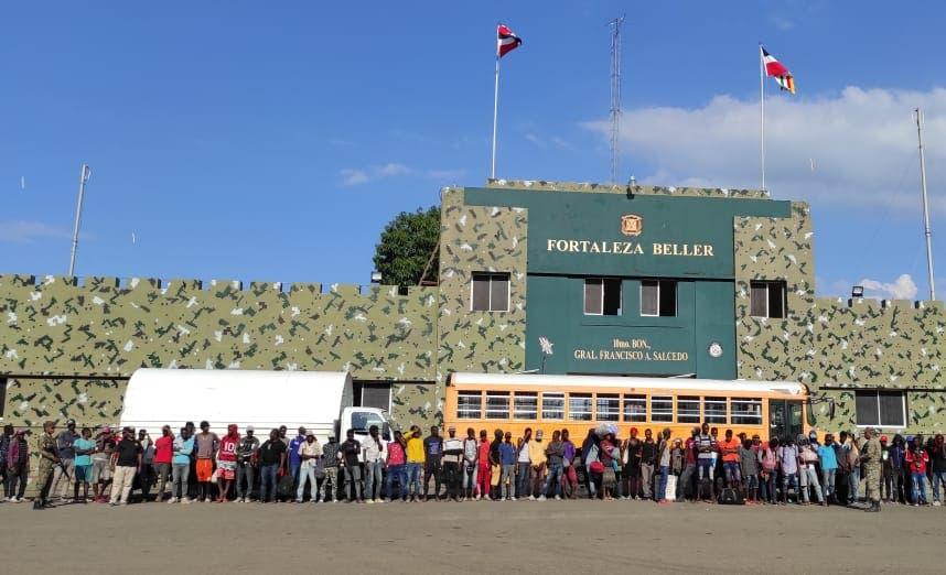 Ejército Dominicano detuvo a más de 4 mil indocumentados en 10 días