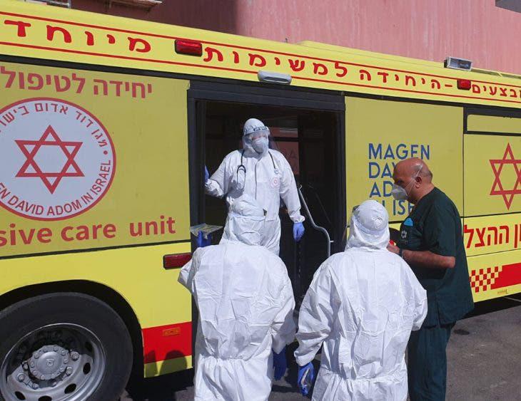 Israel sancionará a profesores sin vacunar y que no presenten test negativo