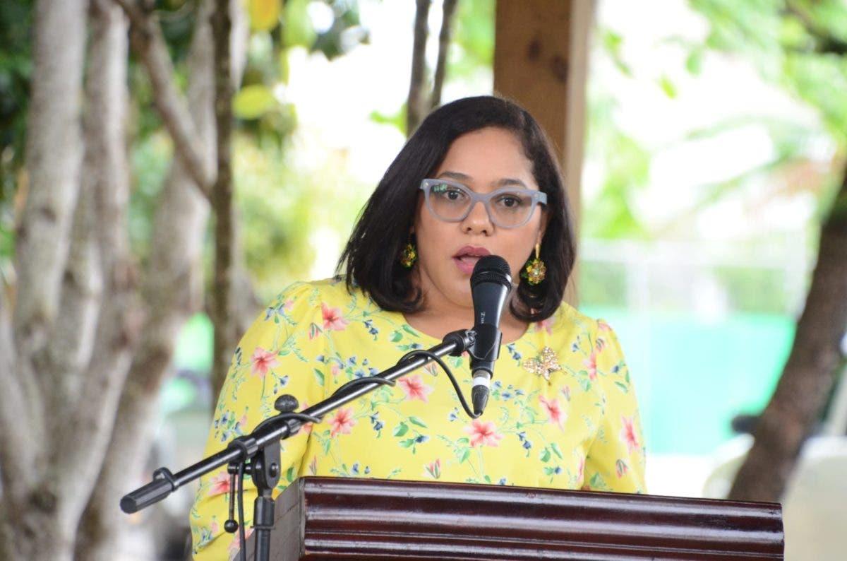 Asegura sociedad dominicana está saturada de feminicidios