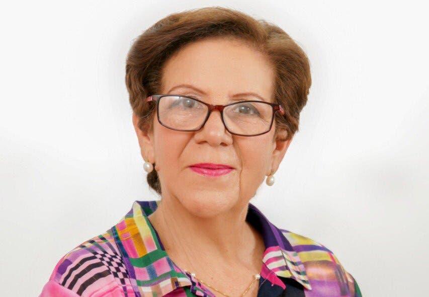 Gobernadora Hermanas Mirabal, resalta trayectoria de los hermanos Rubén y Ligia Peralta