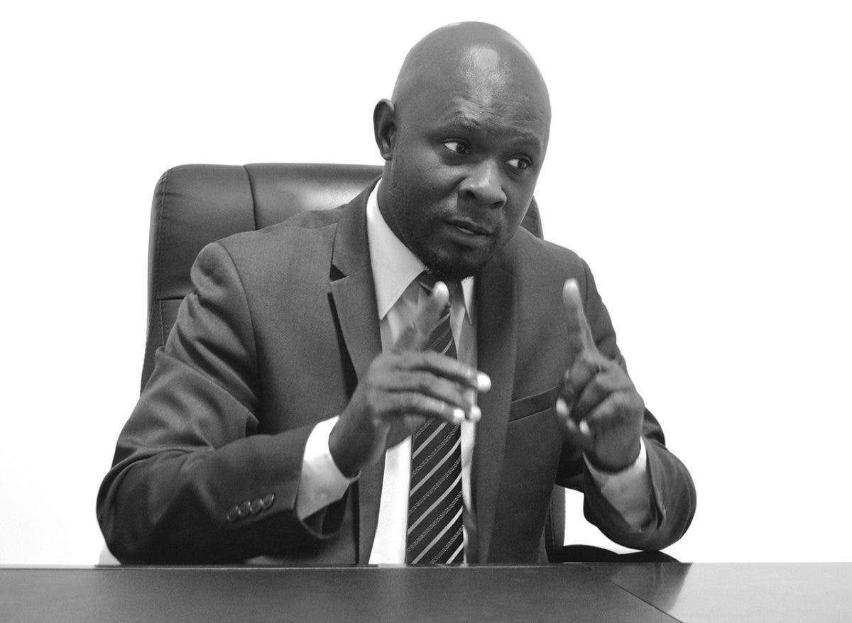 Dimite Rénald Lubérice, secretario del Consejo de Ministros de Haití