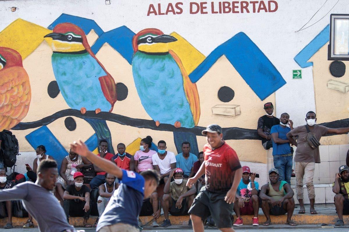 Unos 19.000 haitianos se encuentran varados en frontera de Colombia y Panamá