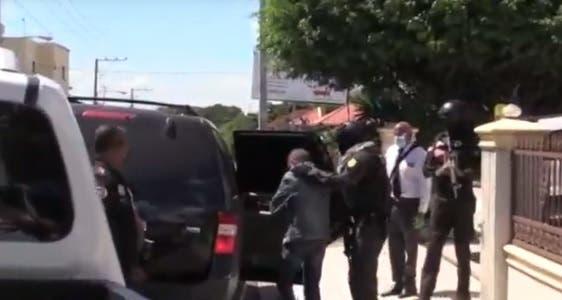 Caso Falcón: Autoridades apresan padrastro y una hermana de Erick Randhiel Mosquea