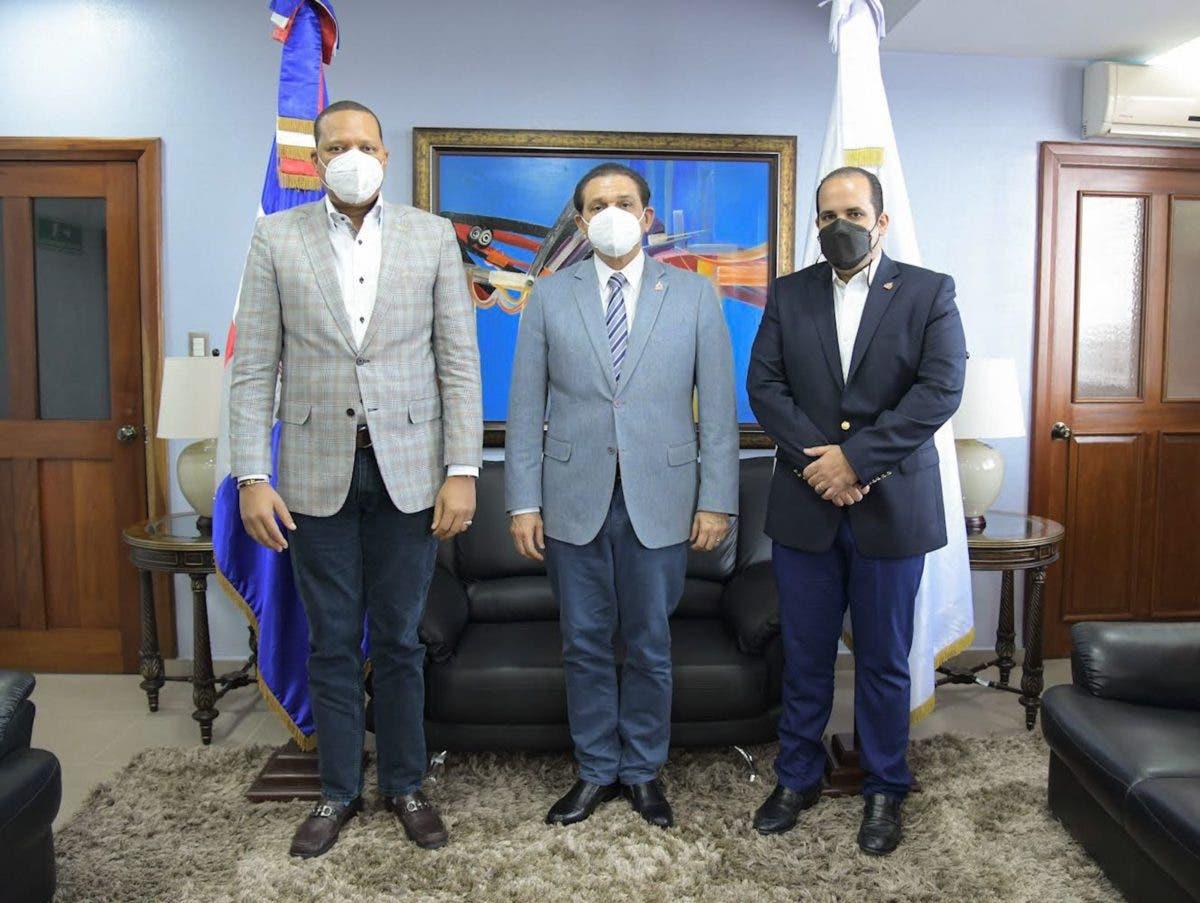 """Instituciones del Gobierno trabajan para erradicar venta químicos usados para fabricar """"ácido del diablo"""""""