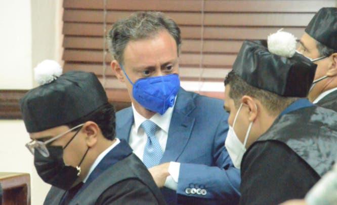 Defensa Jean Alain reconoce que implicada caso Falcón trabajó en Procuraduría; niega estuviera en el despacho