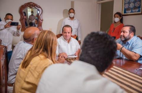 José Paliza entrega fondos para la adecuación del Santo Cerro