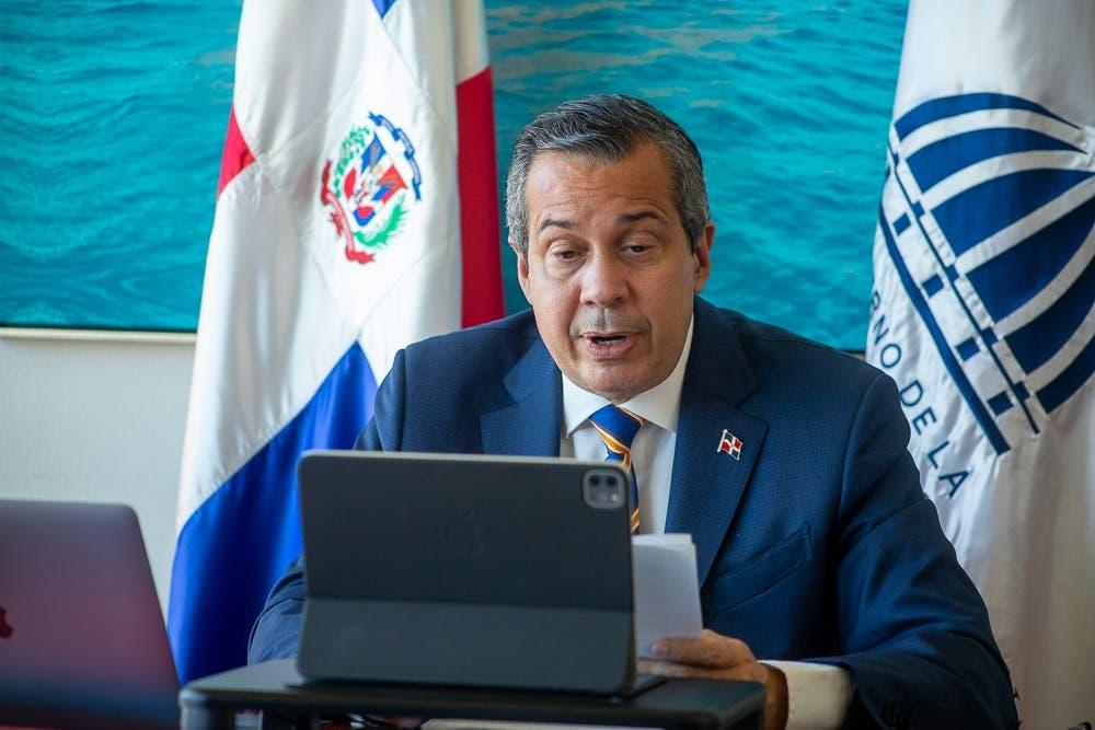 Jorge Mera anuncia diseño de plan para captar recursos internacionales contra el cambio climático
