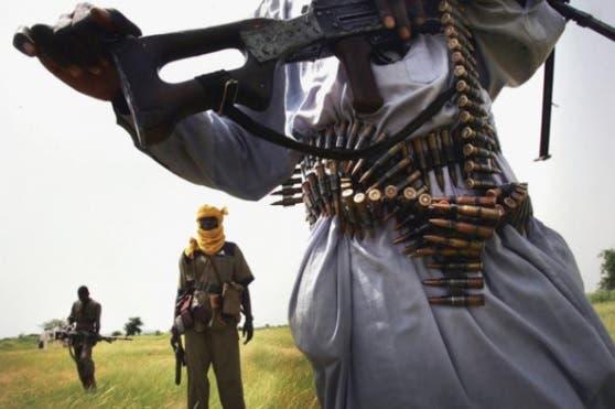 Hombres armados secuestran a 73 estudiantes en el noroeste de Nigeria