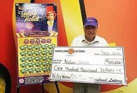 Gana la lotería tras escuchar voz que le dijo que comprara un boleto