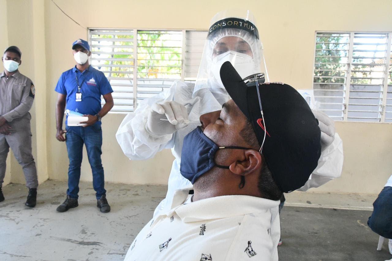 345 personas resultaron positivas al coronavirus en las últimas 24 horas