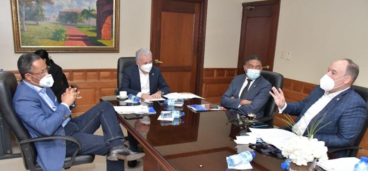 Comisión Senado estudia iniciativas; presidentes de ambas Cámaras irán a cumbre