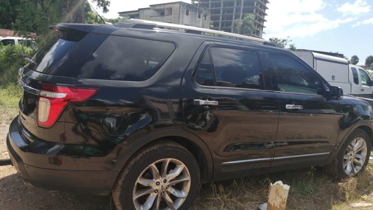 Detienen conductora de vehículo que circuló en vía contraria en la 27 de febrero