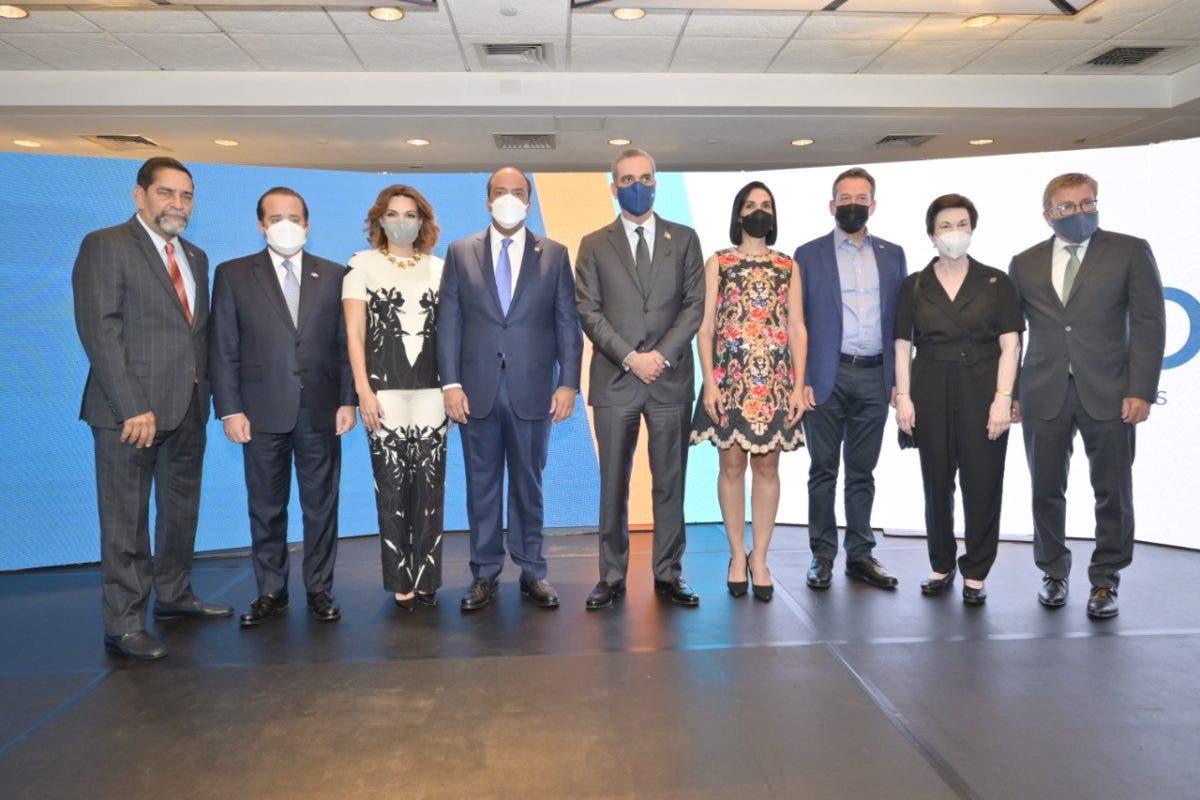 Gobierno Dominicano gestiona servicios a diáspora en EEUU