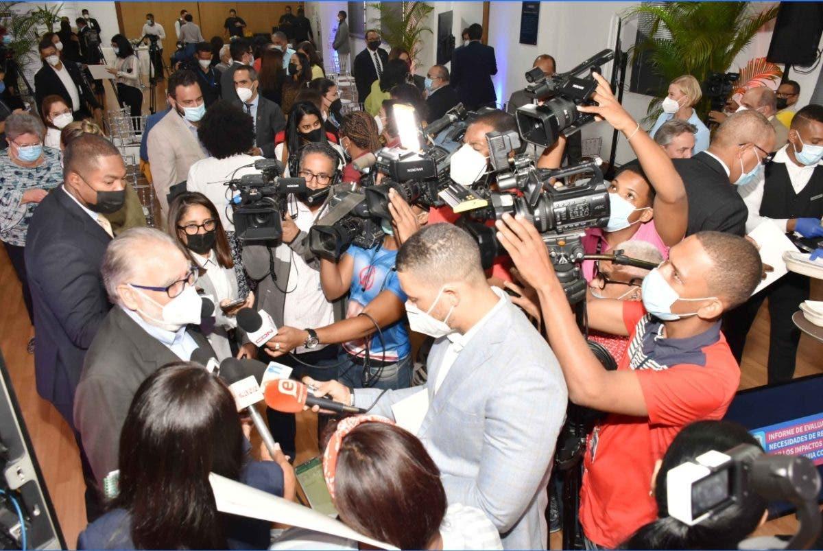 Ceara Hatton dice crecimiento económico dará «Holgura» a situación fiscal de RD