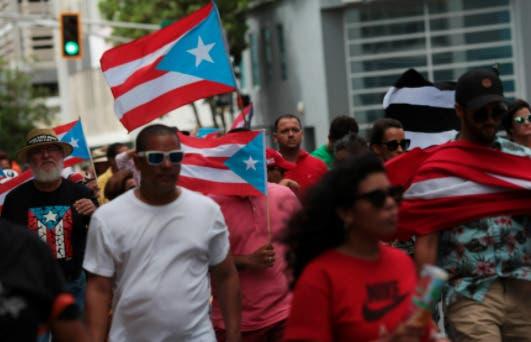 Cientos protestan contra la anexión de Puerto Rico a EEUU